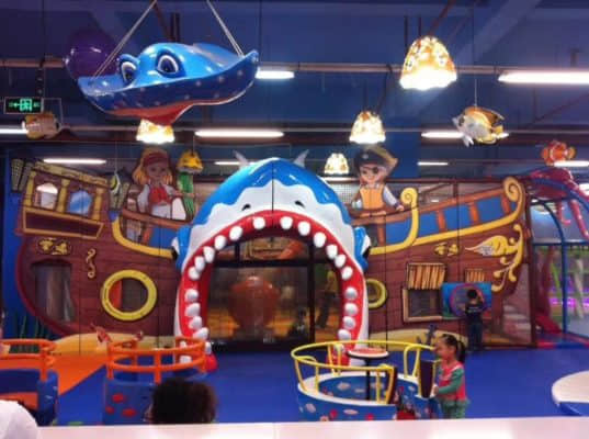 kid's indoor playground