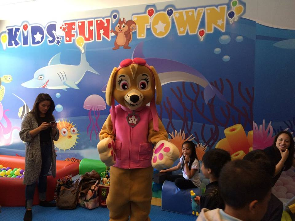 kids fun town indoor playground