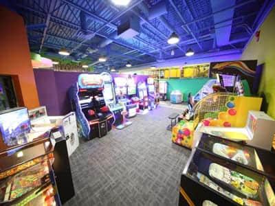 treehouse playground arcade