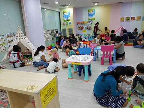 Busy tables indoor play park