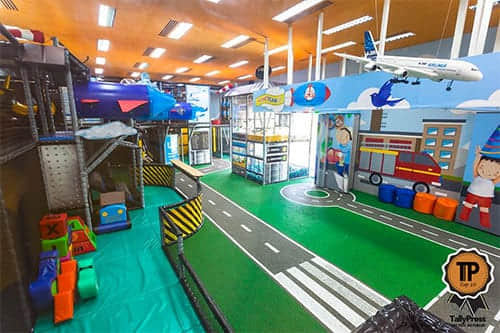 Tplay indoor play park