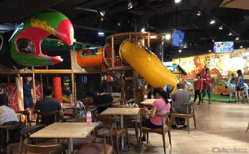 WakaWaka indoor play park