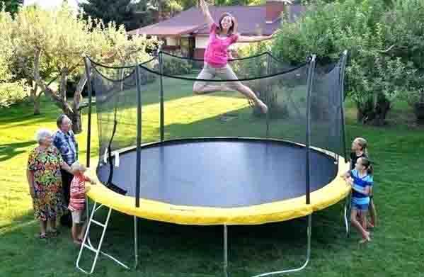 outdoor trampoline park equipment