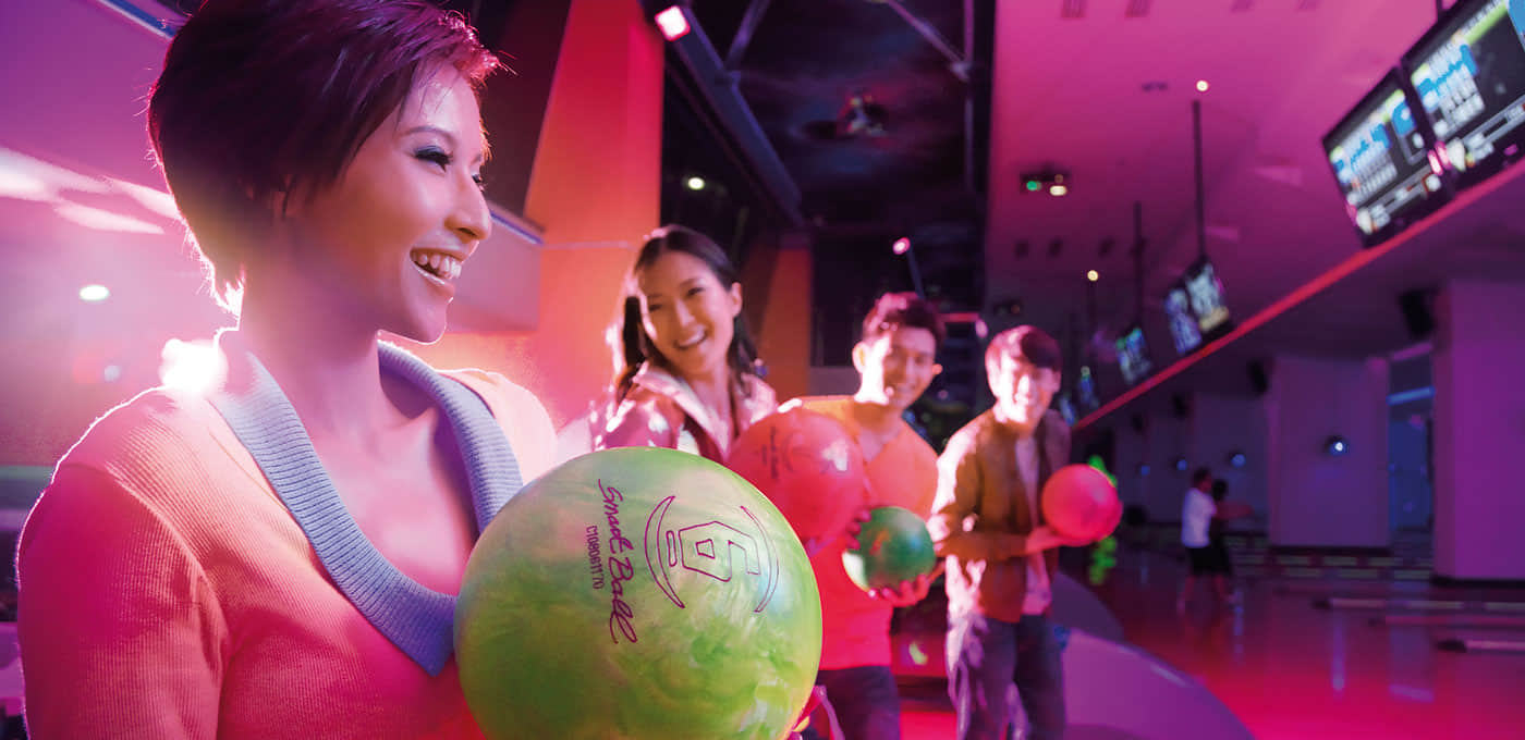 First World Hotel & Indoor Theme Park indoor entertainment center