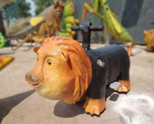 lion rides with hard skin